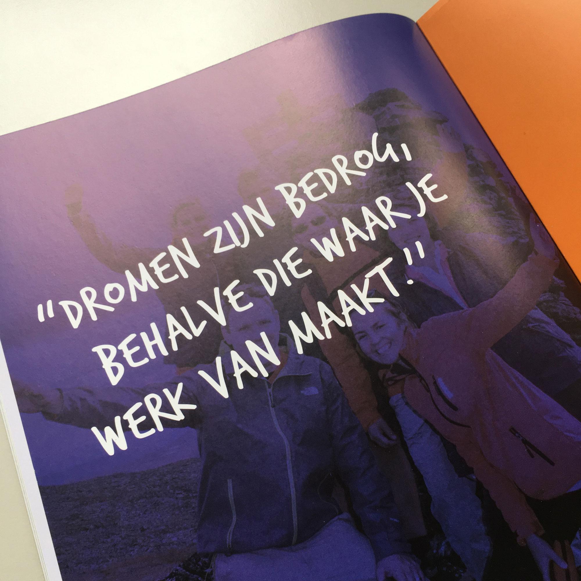 Magazine-044_LR